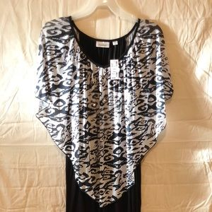 NWT Black And White Avenue Blouse